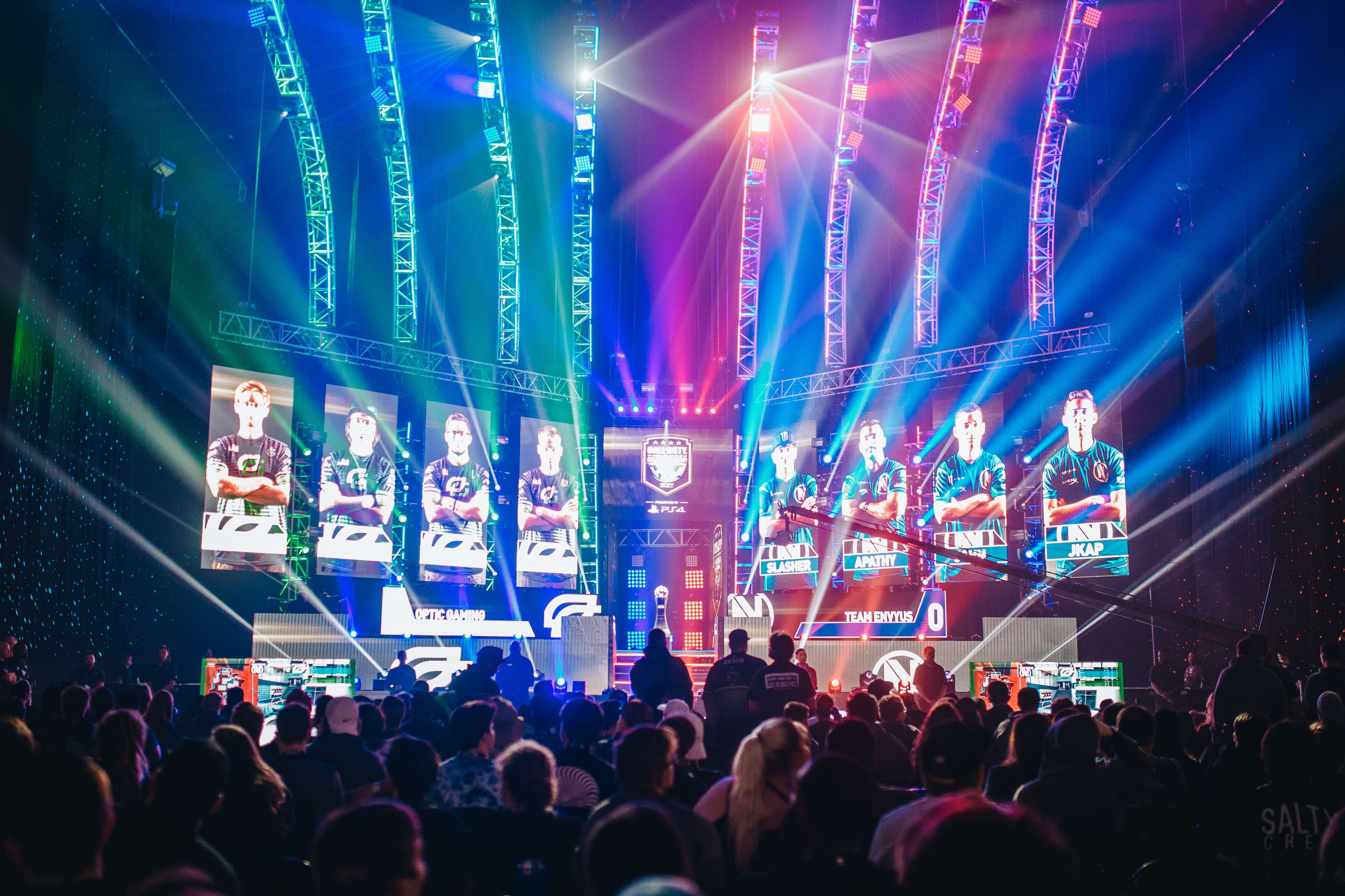 eSports: What is it and Why is it So Popular? | ironSource
